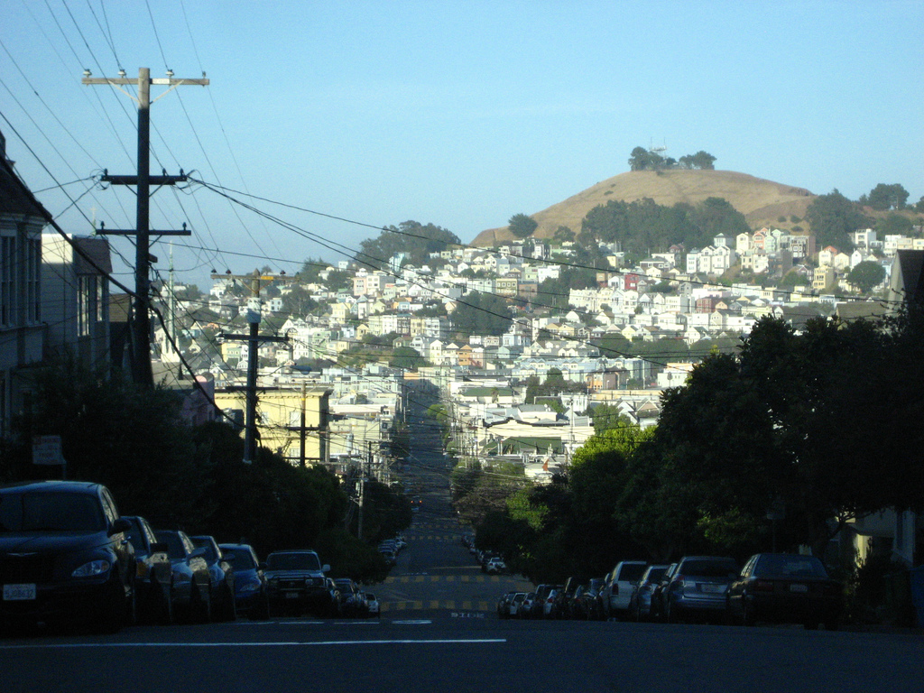 Bernal Heights (photo by Timothy Vollmer, CC-BY 2.0, Wikimedia Coomons)