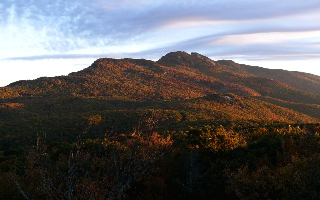 Sunrise in the autumn over Grandfather Mountain (photo by http://kenthomas.us public domain, Wikimedia Commons)