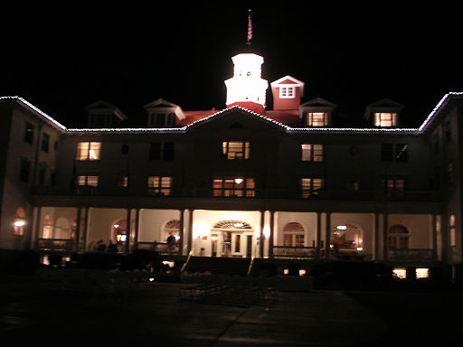 photo of Stanly Hotel at night