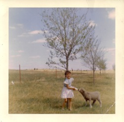 Vinnie Age 5 - Behind the house