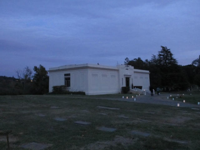 vINNIES POST mausoleum